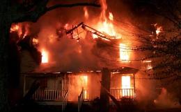 Quý tử của trùm ma túy đốt nhà vì không được cho tiền ăn chơi