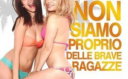 Selena và Vanessa kề ngực, kề đùi