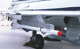 """Điểm mặt """"sát thủ diệt chim sắt"""" của Không quân Trung Quốc"""