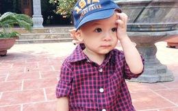Jacky Minh Trí ngoan ngoãn tại chùa ở Hà Nội