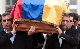 Thi hài ông Chavez được đưa về bảo tàng Caracas