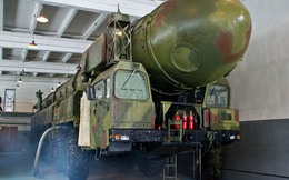 Bên trong hầm chứa tên lửa đạn đạo liên lục địa Topol của Nga