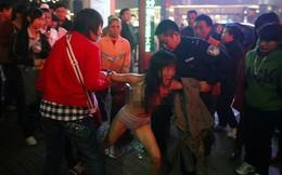 Những màn khỏa thân gây choáng nơi công cộng