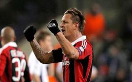 """Chiếc vé tham dự Champions League của AC Milan """"có mùi""""?"""