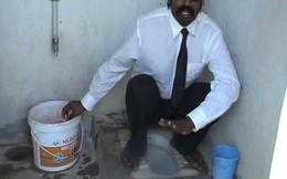 Phải chụp ảnh bên toilet gia đình, trai Ấn Độ mới được lấy vợ