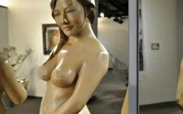 Tượng khỏa thân của Can Lộ Lộ được triển lãm ở đại học