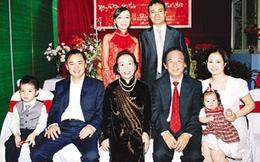 GS Nguyễn Lân Dũng: Thắng vợ thì được cái giải gì?