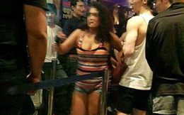 Xôn xao ca sỹ thần tượng tại bar gay