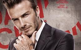 """Chuyện lạ: Beckham """"học"""" đọc sách cùng con gái Harper Seven"""