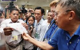 Campuchia căng thẳng, Hun Sen khẳng định không ra nước ngoài, không từ chức