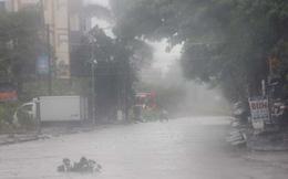 Những hình ảnh tàn phá mới nhất của cơn bão số 5 khi đổ bộ vào đất liền