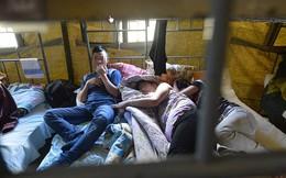 1.200 người Việt bị giữ ở Nga: Cảnh lều trại