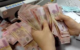 Nhân viên ngân hàng sốc vì lương thấp hơn cả ôsin