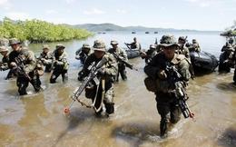 """Biển Đông: Philippines """"vừa đấm vừa xoa"""" Trung Quốc?"""