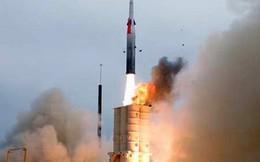 """'Một quốc gia """"thân thiện"""" sắp phóng tên lửa gần Syria'"""