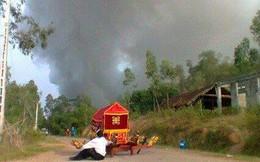 Đắng lòng clip xe tang bị bỏ rơi giữa đường trong vụ nổ ở Phú Thọ