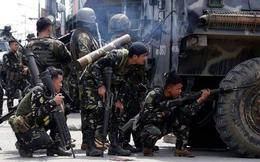 Lính Philippines đấu giáp lá cà với phiến quân
