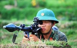 Trung đoàn Bộ binh 1 luyện quân