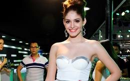 Andrea xinh đẹp ở show diễn đầu tiên khi trở lại Việt Nam
