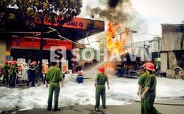 Cháy dữ dội tại cây xăng đối diện cổng bệnh viện 108