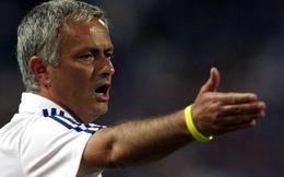 """""""Đá xoáy"""" Wenger, Mourinho muốn Arsenal """"đổi lái"""""""
