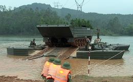 Lữ đoàn Công binh 414 vượt sông đánh địch