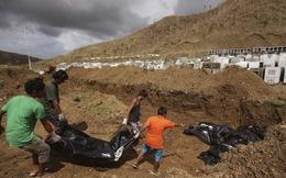Thê lương đám tang tập thể đầu tiên của nạn nhân bão Haiyan