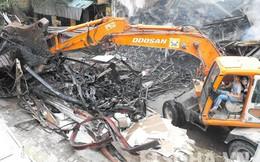 Hà Nội: Hỏa hoạn giữa trưa, cửa hàng nội thất cháy thành tro