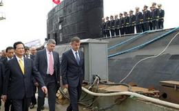 Vì sao tàu ngầm Hà Nội không tự bơi về Việt Nam?