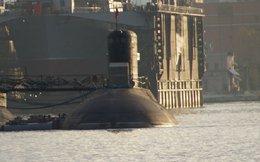 """Năm kỹ sư Nga """"hộ tống"""" tàu ngầm Kilo về Cam Ranh"""