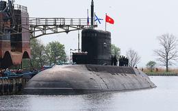 Những hình ảnh đẹp nhất của tàu ngầm Kilo Hà Nội
