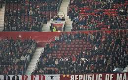Báo động đỏ cho Man United: Khán đài trống Old Trafford!
