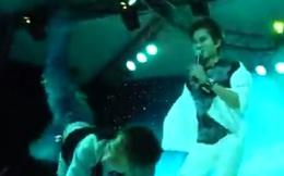 Clip Châu Việt Cường - Lâm Chấn Huy uốn éo trên sân khấu