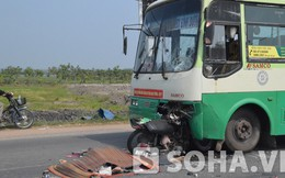 TP.HCM: Đâm trực diện vào xe buýt, 2 anh em ruột chết thảm