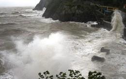 Khoảng 3.000 du khách mắc kẹt ở đảo Cát Bà vì bão số 2
