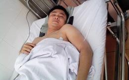 Danh hài Tự Long nhập viện vì đứt dây chằng đầu gối