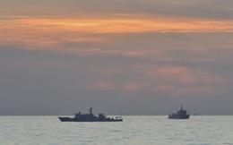 Biển Đông: Hai tàu hải giám Trung Quốc trở lại lượn lờ ở Scarborough