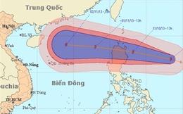 Bão Krosa giật cấp 13 tiến sát biển Đông