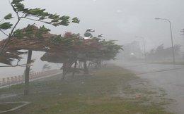 Ít nhất 1 người chết, xuất hiện vòi rồng trước cơn bão hủy diệt