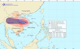 Bão số 10 tăng cấp cực mạnh tiến thẳng vào miền Trung