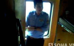 Nhân viên nhà tàu đưa khách đi chui chỉ bị chuyển làm vệ sinh