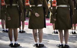 Nữ binh lính Israel bị kỉ luật vì 'khoe' nội y