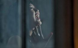 Album nhạc mới của Văn Mai Hương bị gắn mác 18+
