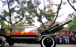 Đại tướng Võ Nguyên Giáp qua lần cuối các tuyến phố ở Thủ đô