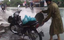 Thái Nguyên: Người dân hốt hoảng hứng 'mưa than'