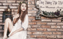 Hot girl Quỳnh Nhi xinh đẹp lạc trong lâu đài của Harry Potter