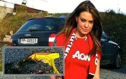 Fan nữ Man United xinh đẹp khoe ảnh đốt áo Liverpool