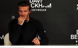 Fan nữ sung sướng vì... có quần lót của David Beckham
