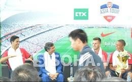 Sao Arsenal thèm ăn nem Việt và hứa đến V-League thi đấu