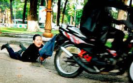 """HN: Đi gặp bạn """"chat"""", nam thanh niên bị cướp xe máy"""